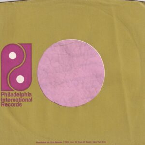 PIR Philadelphia International Records U.S.A. Green Print CBS Dist. Large Logo Address Details In Upper And Lower Case. Company Sleeve 1971 – 1973